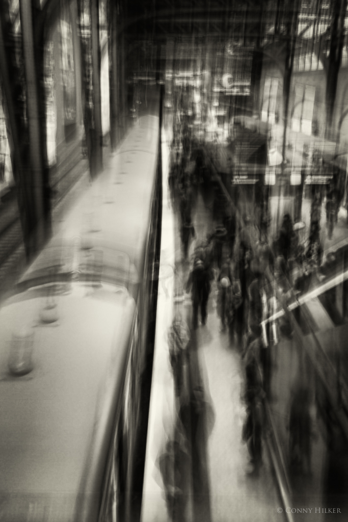 Central Station in motion 10