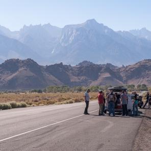 Die Wüste liegt hinter uns, die Sierra Nevada erwartet uns. Run auf gekühlte Getränke :-)
