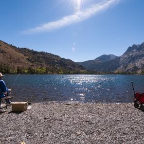 Absolute Ruhe an einem klaren Bergsee